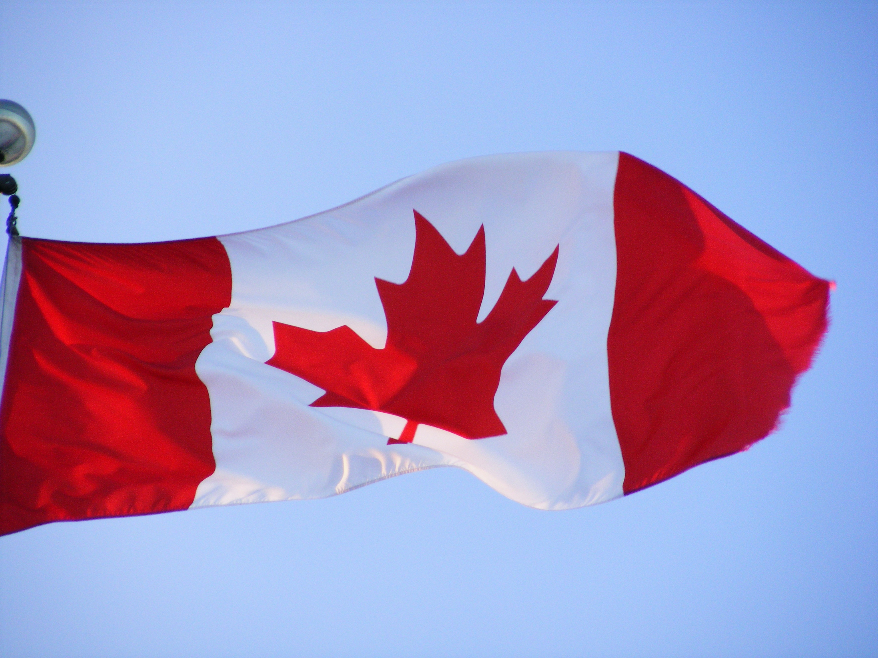 45 Fashionable Long Hairstyles for Women over Photos du drapeau du canada