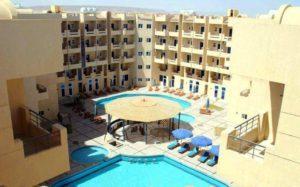 Квартира с бассейном1